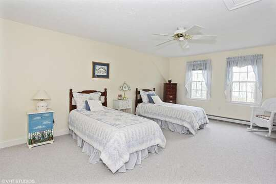 2nd floor. Bedroom #3 with 2 Twin beds - 2 Mashpa Road Harwich Cape Cod - New England Vacation Rentals