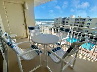 5th floor views of the beach, pool, and clubhouse!