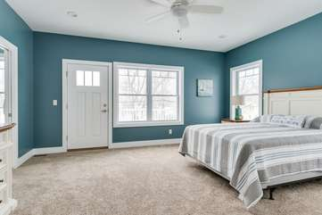 Second Floor Master Suite w/Private Balcony
