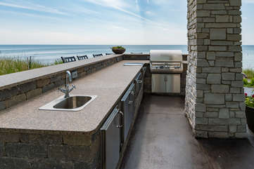 Outdoor Lakefront Kitchen
