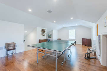 Third Floor Game Room w/Ping Pong