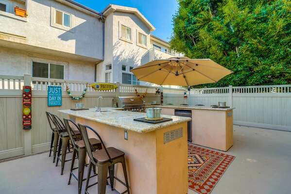 Outdoor Patio with Breakfast Bar at this Vacation Rental in San Diego