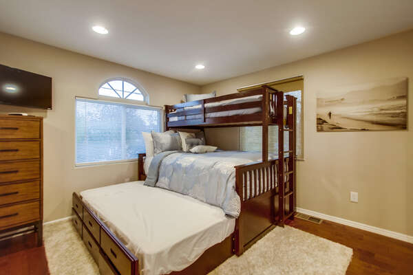 2nd bedroom with twin over queen bed with twin trundle