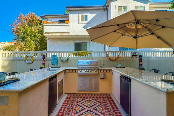 Outdoor Patio with Barbecue and Breakfast Bar at this Vacation Rental in San Diego