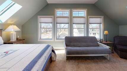 Third Floor Master Suite w/Attached Bathroom