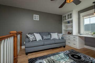 2nd Floor Den w/Sleeper Sofa