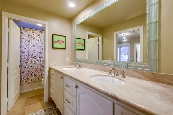 Jack and Jill Bathroom with Dual Sinks