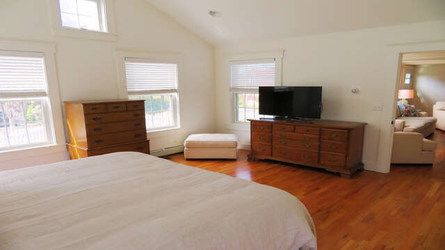 And flat screen TV-142 George Ryder Road S Chatham Cape Cod - New England Vacation Rentals