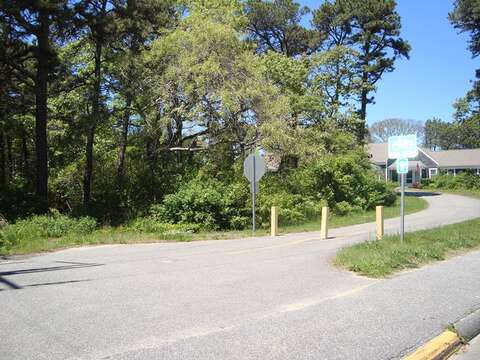 Easy access to the bike path from the house, hop on the Rail Trail and enjoy a day of bike riding! - Chatham Cape Cod - New England Vacation Rentals