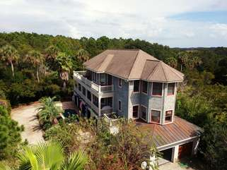 2704 Jenkins Point is a special piece of paradise
