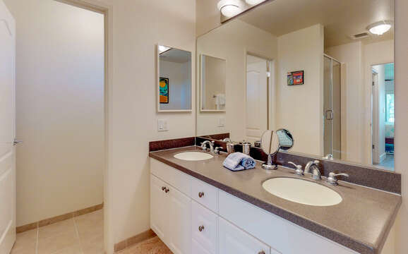 Master Bathroom with Dual Sinks in our Ko Olina Vacation Rental