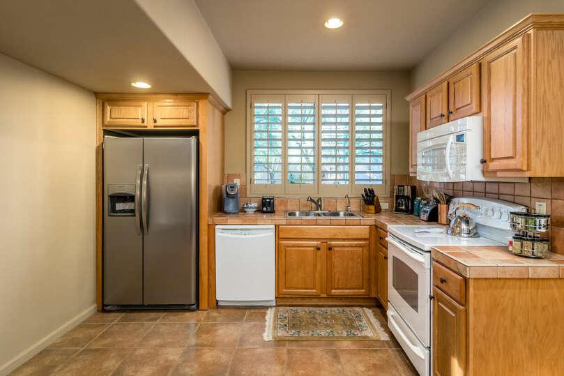 Full kitchen in the garden casita