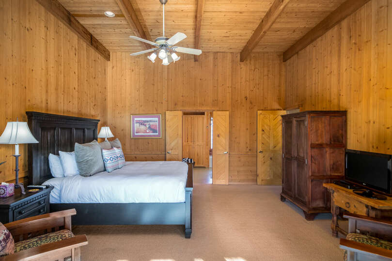 Cabin bedroom with bathroom