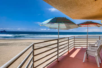 Imperial Beach Club 207