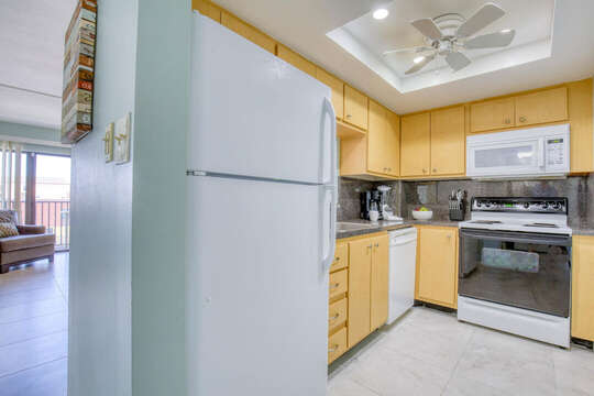 Bright and upgraded kitchen area