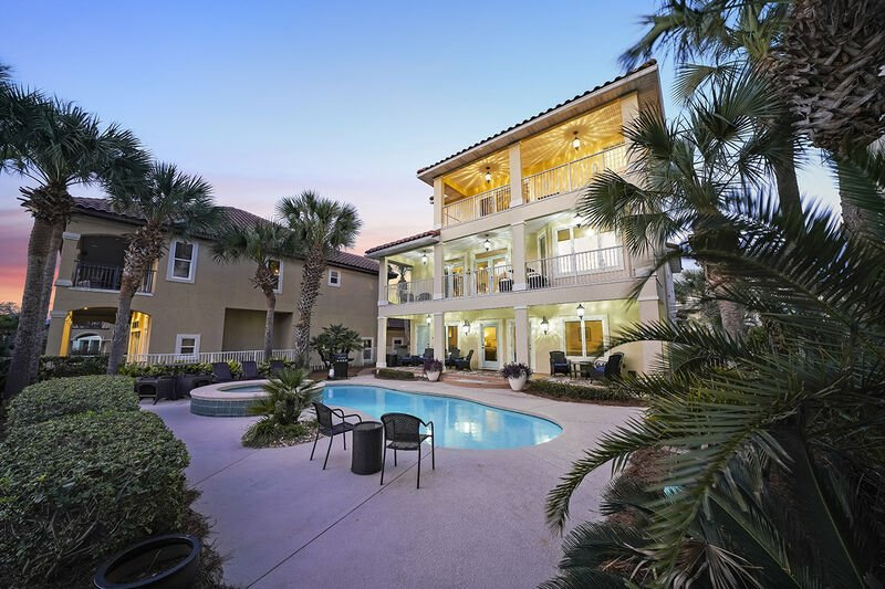 Our Destiny East Vacation Home Rental - Bellissimo