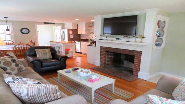 Offering a flat screen TV and WiFi throughout - 33 Pine Grove West Harwich Cape Cod -  New England Vacation Rentals