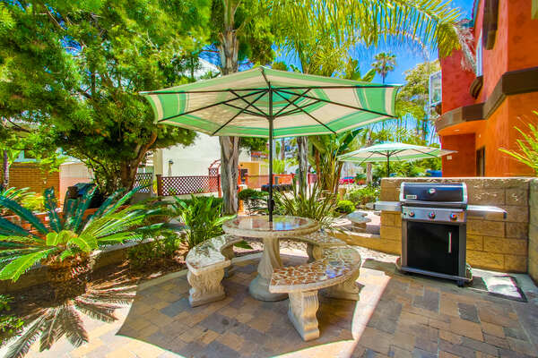 Exterior of this rentals in san Diego ca's, ground floor patio