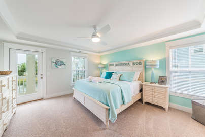 Master king room with private covered deck