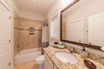 Ensuite bath with shower and tub