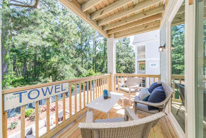 Oversized covered deck