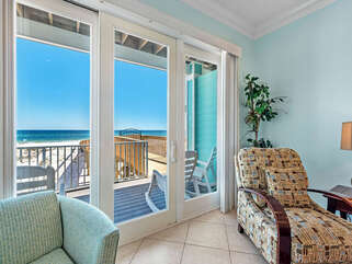 Wits End East Living Room Views of the Beach!