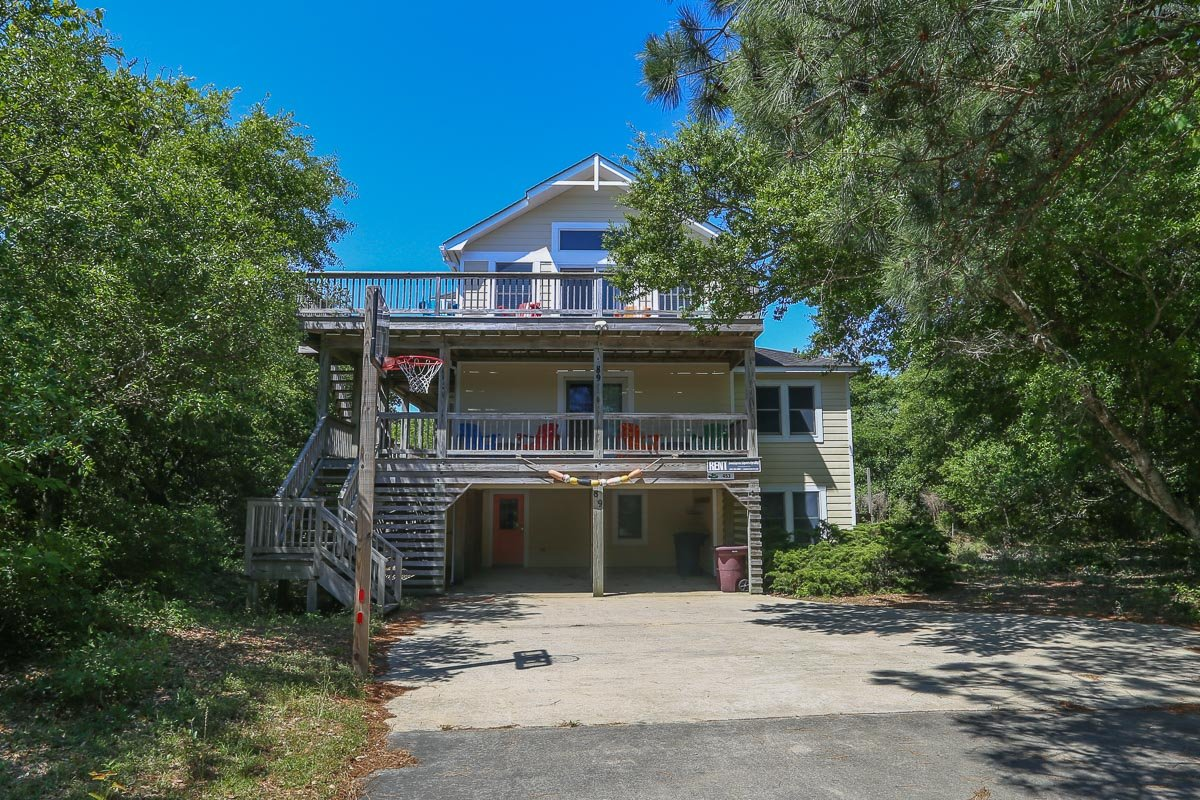 Outer Banks Vacation Rentals - 0453 - KNOT TO CRABBY (formerly Dolphin's Delight)