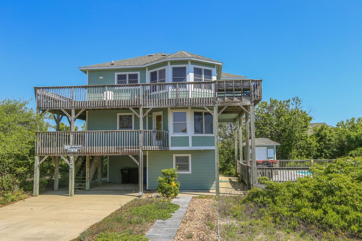 Outer Banks Vacation Rentals - 1063 - GRILLIN AND CHILLIN