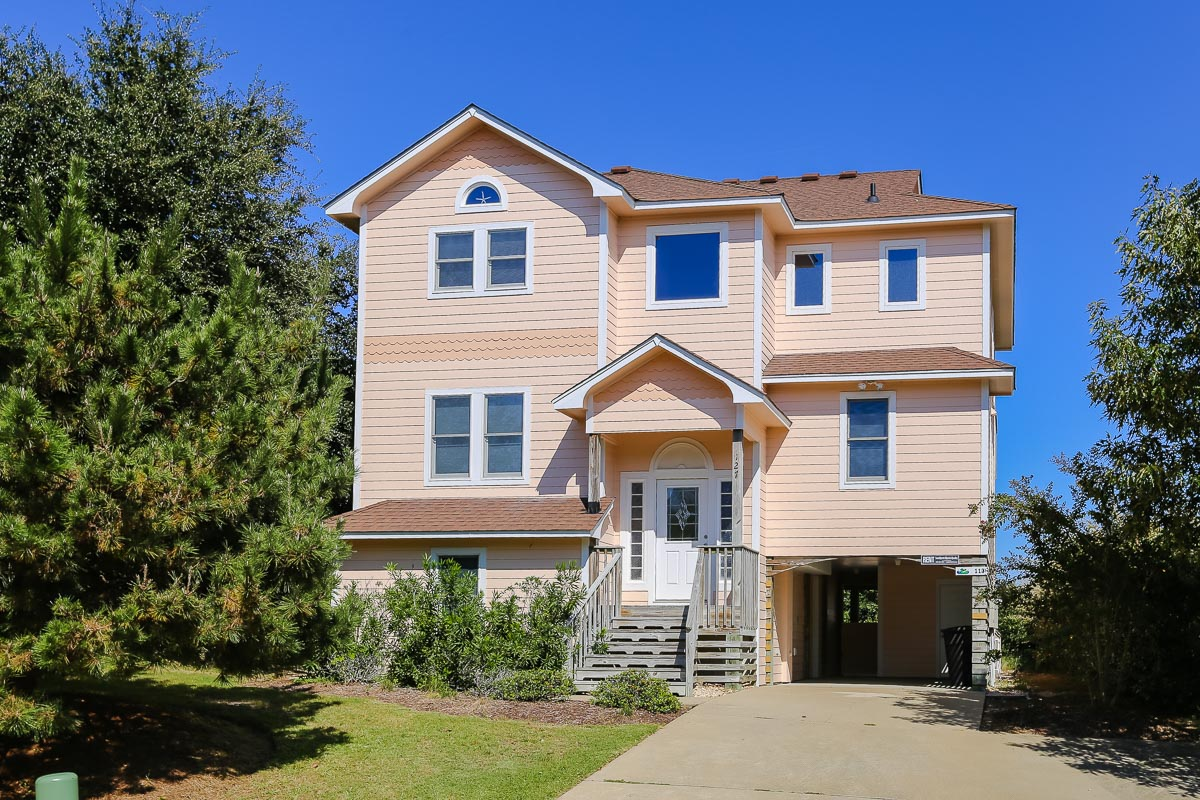 Outer Banks Vacation Rentals - 0113 - PEACHES AND CREAM