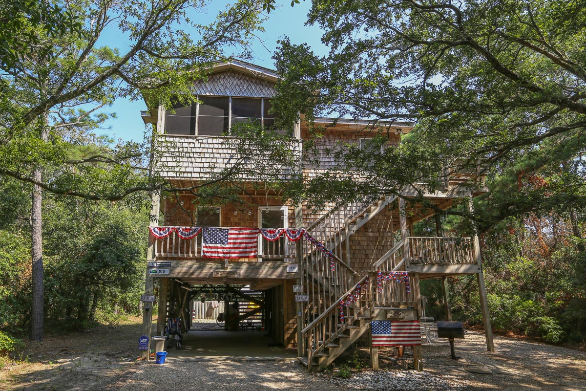 Outer Banks Vacation Rentals - 0510 - TRIPLE LINDY