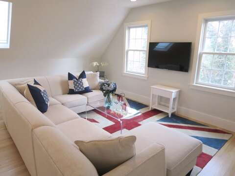 Flat Screen Smart TV - WIFI- and a bose speaker/ radio (Not for outside) 161 Bay Lane Centerville Cape Cod - New England Vacation Rentals