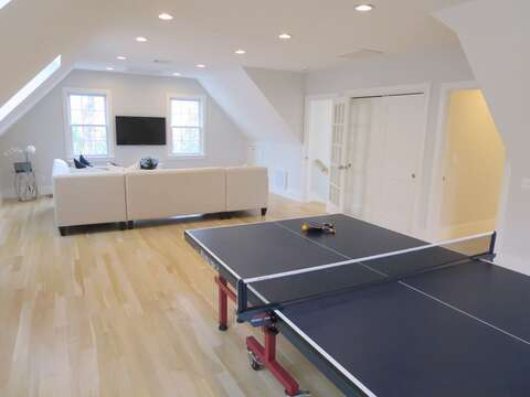 Ping pong -161 Bay Lane Centerville Cape Cod - New England Vacation Rentals
