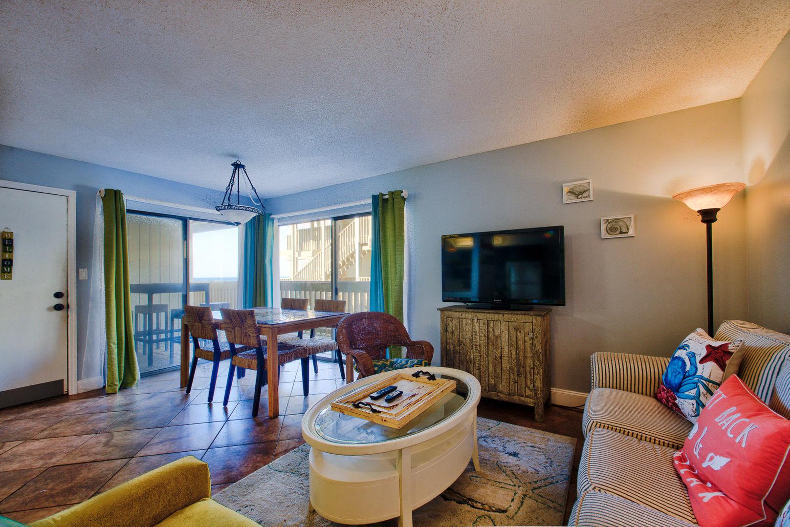 Open Floor Plan in our Gulf Shores, AL Vacation Condo