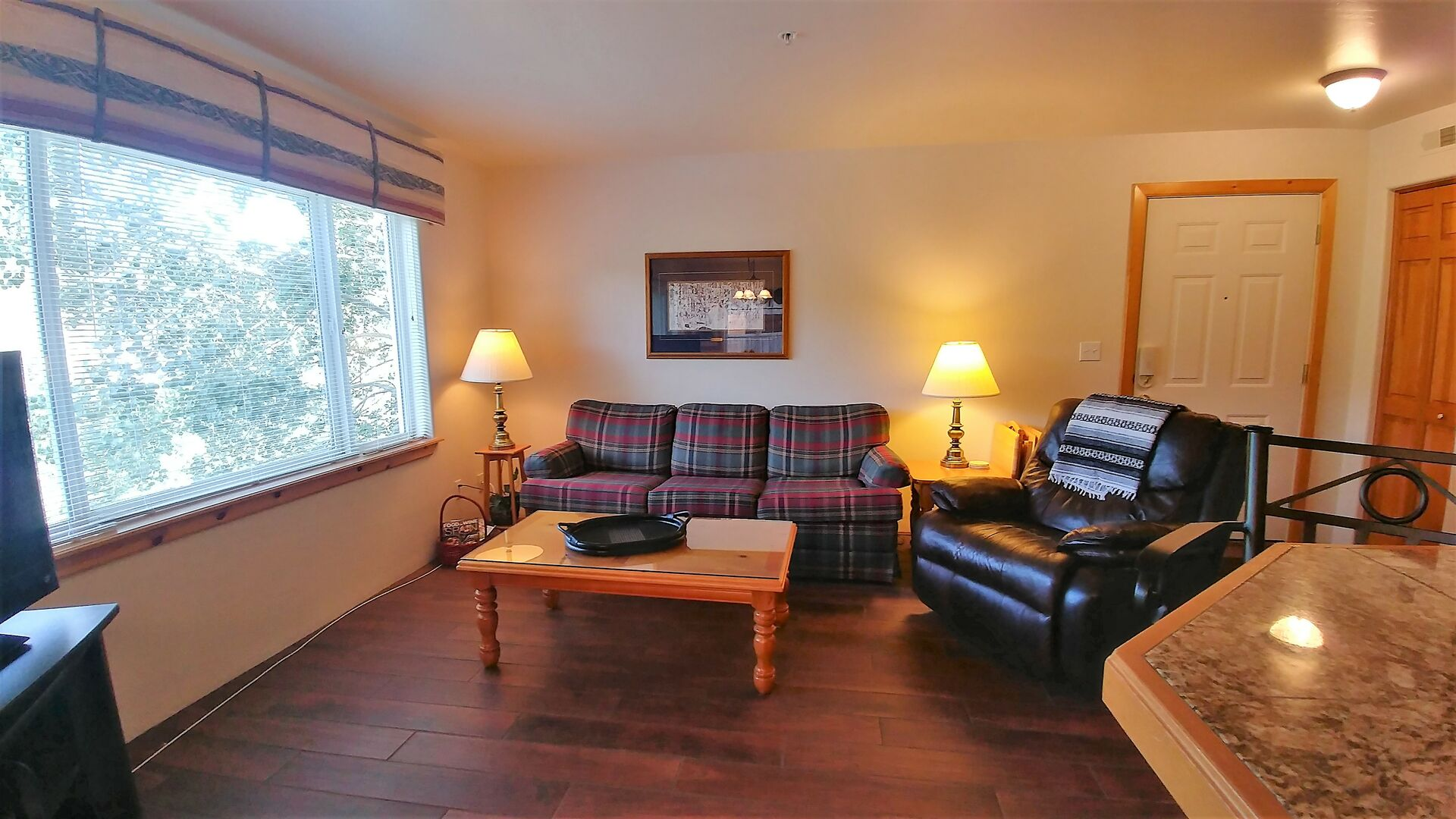Living Area with Seating for 4 at Lodging near Telluride CO