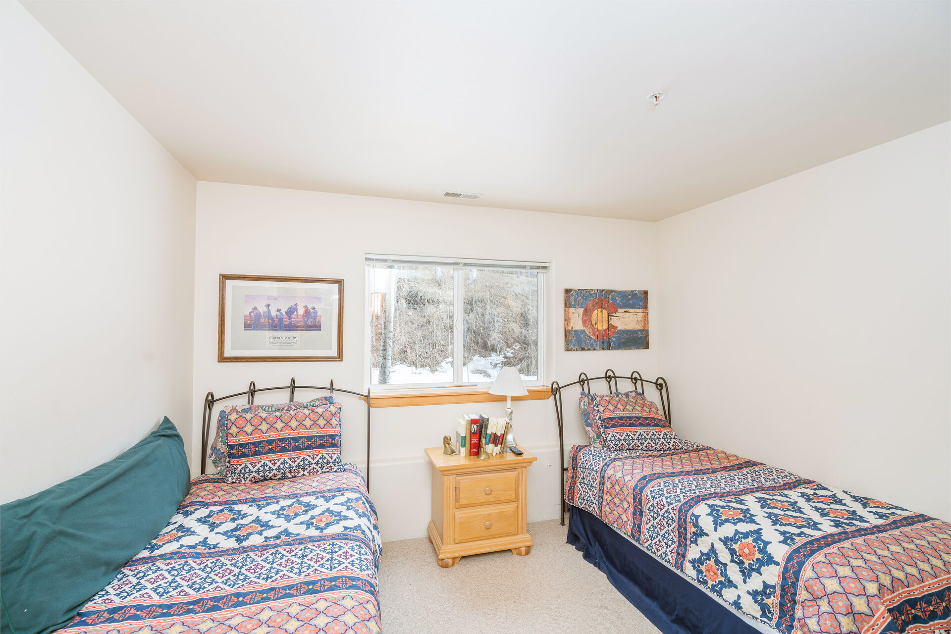 Bedroom with 2 Twin Beds and Views of Outside