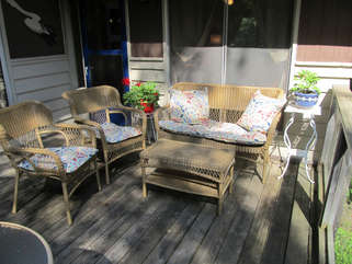 Deck with chairs Long