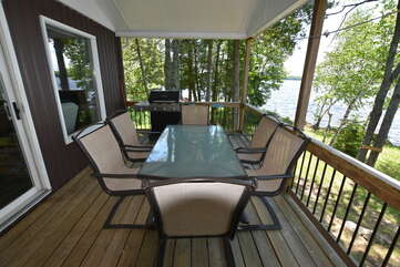Deck - table seating and BBQ