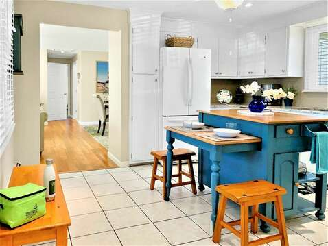 Totally updated kitchen with center island - 22 Muscovy Lane West Yarmouth Cape Cod - New England Vacation Rentals