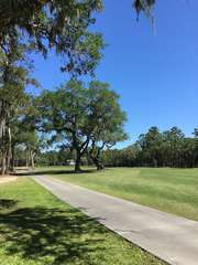 View of the 4 tee of Crooked Oaks Golf Course