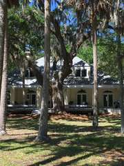 Your Seabrook Island retreat