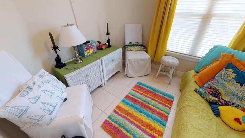 Den / Bedroom 3