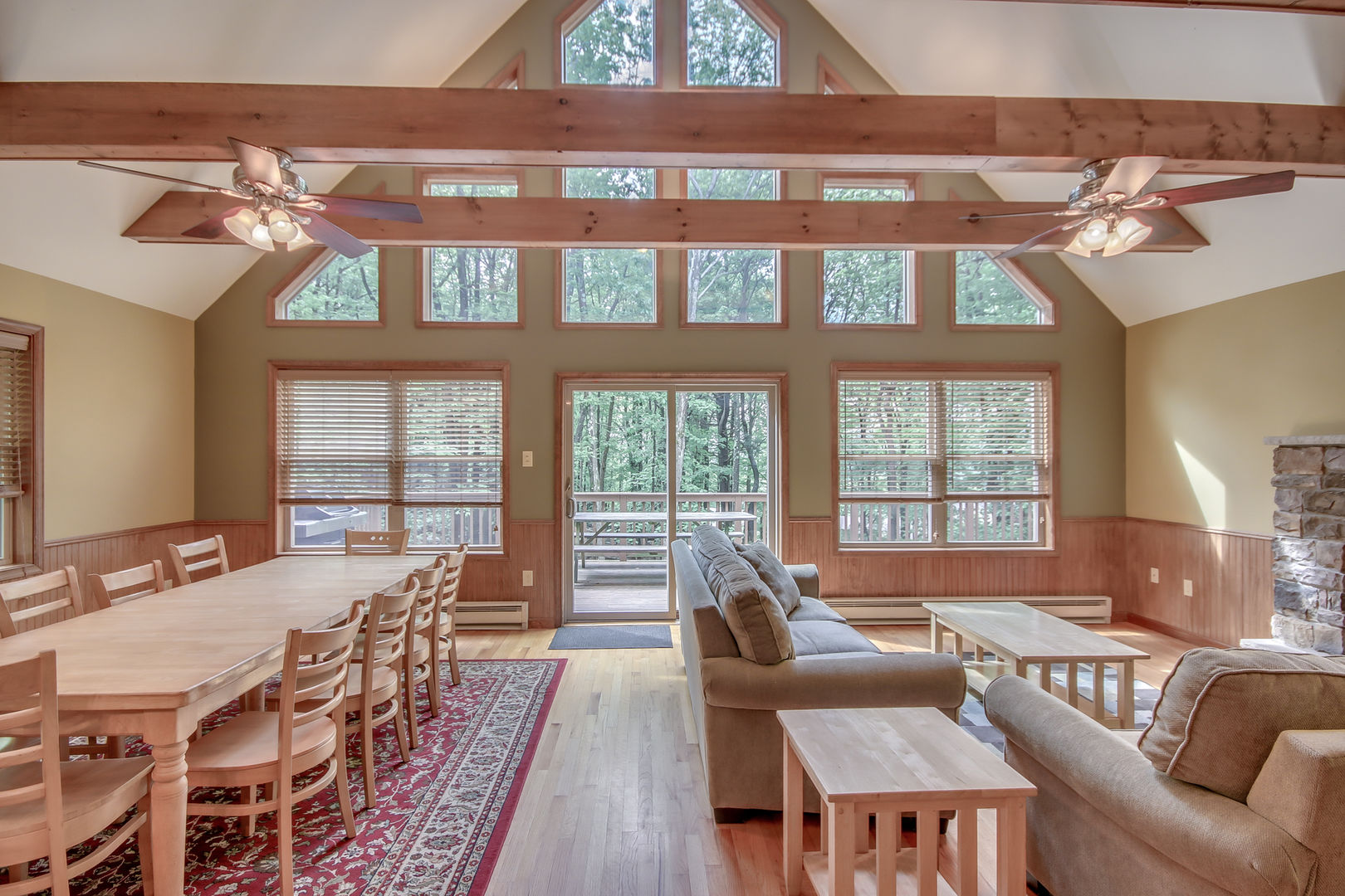 A Large Living Room in Pocono Mountain Lakefront Rental.