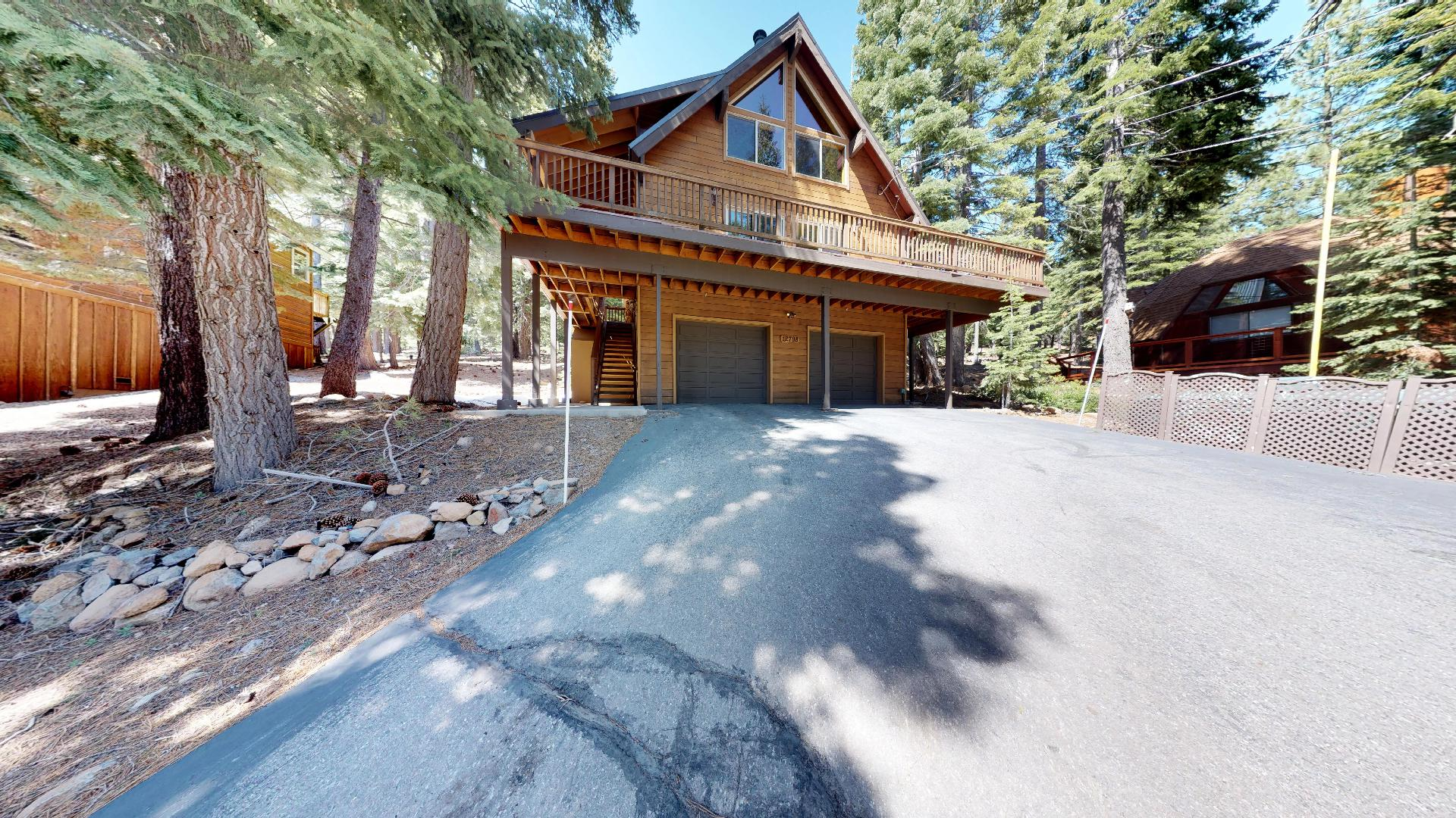 Large Driveway and Garage Space at Falcon Point Vacation Cabin