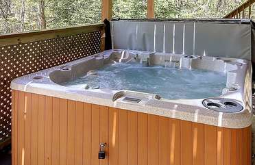 Hot Tub Outside our Coyote Poconos Lodge Rental