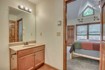 Attached Bathroom to Bedroom