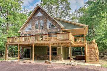 Front view of a Poconos Vacation Rental
