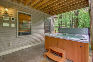 Hot Tub on the Back Porch of our Lake Harmony Vacation Home.