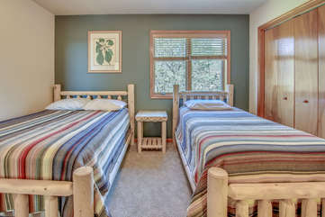 An Image of One Bedroom Featured in Poconos Lake Rental.