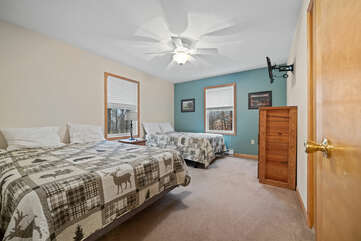Second Floor Bedroom with Double and Queen Bed