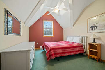 Third Floor Bedroom with Queen Bed